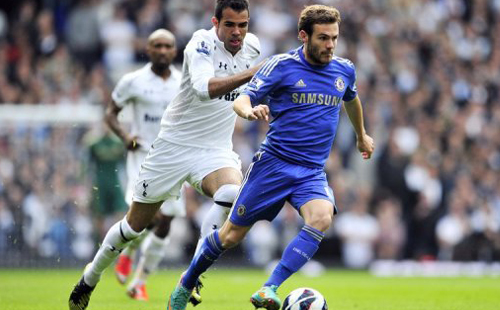 Del Bosque recalls Mata as Xavi, Torres miss out