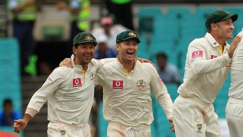 Clarke keeps lid on great Aussie expectations